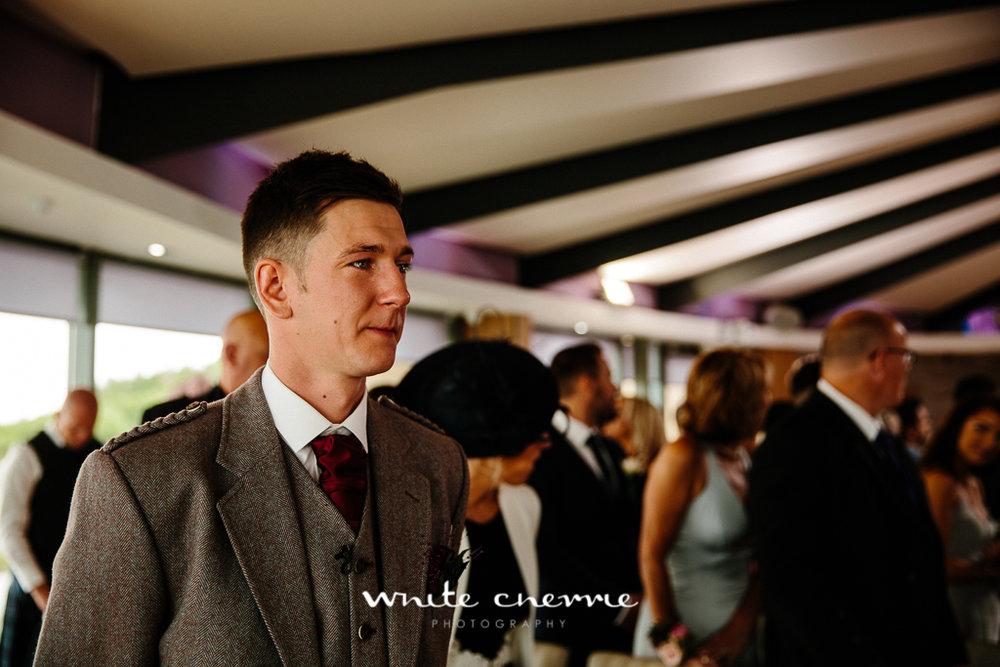 White Cherrie, Edinburgh, Natural, Wedding Photographer, Laura and Jamie previews (33 of 58).jpg