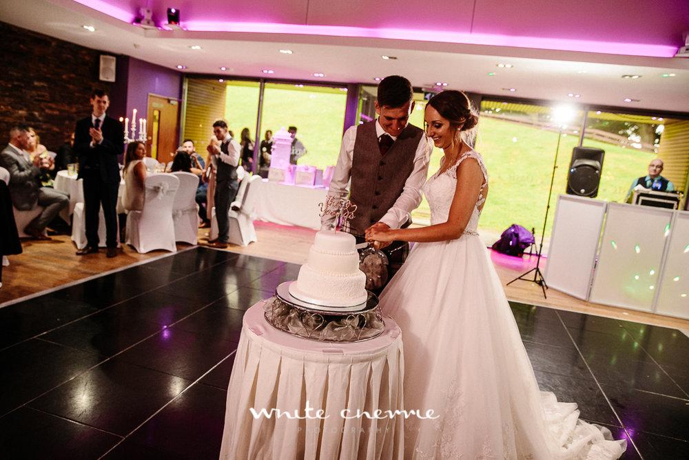 White Cherrie, Edinburgh, Natural, Wedding Photographer, Laura and Jamie previews (55 of 58).jpg