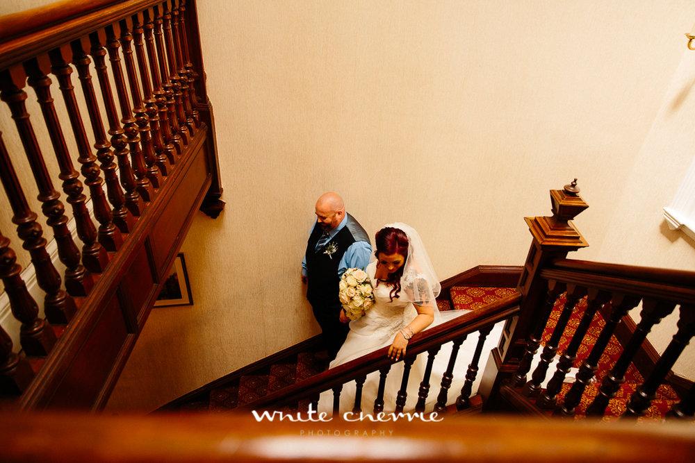 White Cherrie, Edinburgh, Natural, Wedding Photographer, Lara & James previews-31.jpg