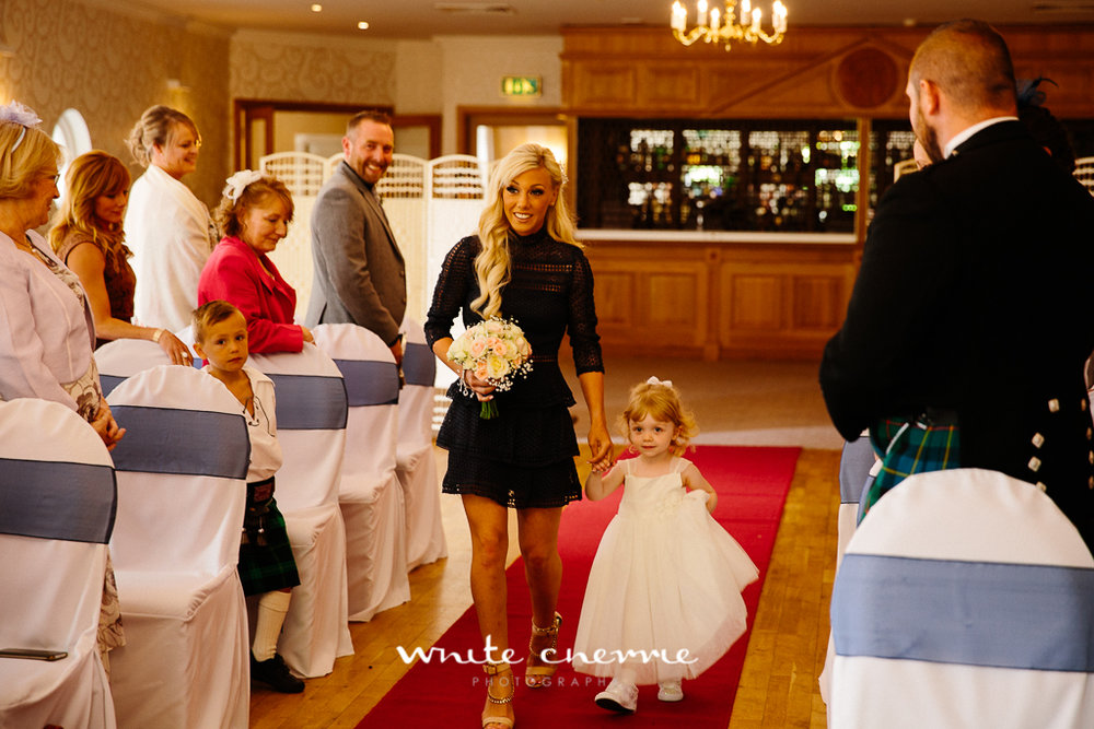 White Cherrie, Edinburgh, Natural, Wedding Photographer, Lara & James previews-32.jpg