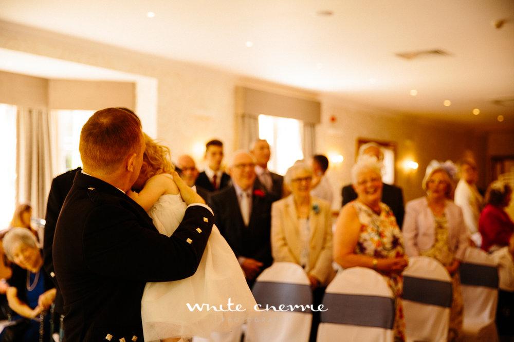 White Cherrie, Edinburgh, Natural, Wedding Photographer, Lara & James previews-34.jpg