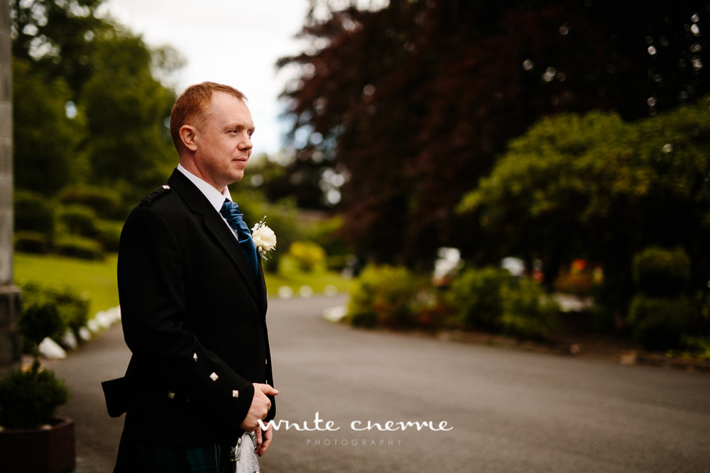White Cherrie, Edinburgh, Natural, Wedding Photographer, Lara & James previews-40.jpg