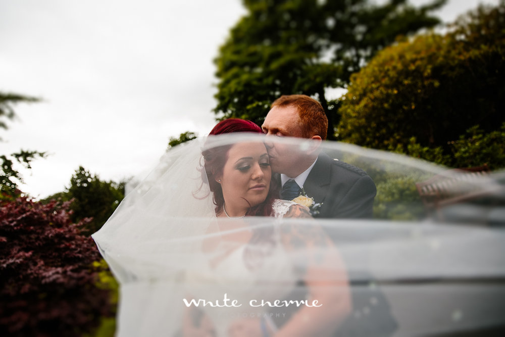 White Cherrie, Edinburgh, Natural, Wedding Photographer, Lara & James previews-44.jpg