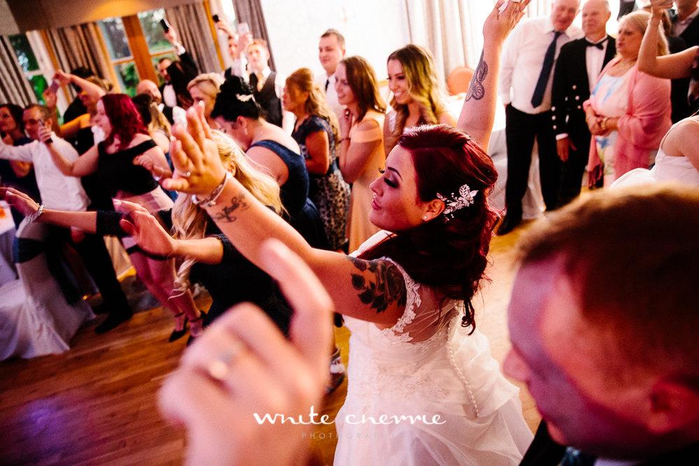 White Cherrie, Edinburgh, Natural, Wedding Photographer, Lara & James previews-77.jpg