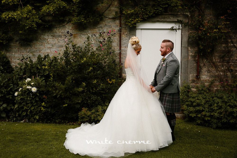 White Cherrie, Edinburgh, Natural, Wedding Photographer, Rhianne & Damien previews-17.jpg