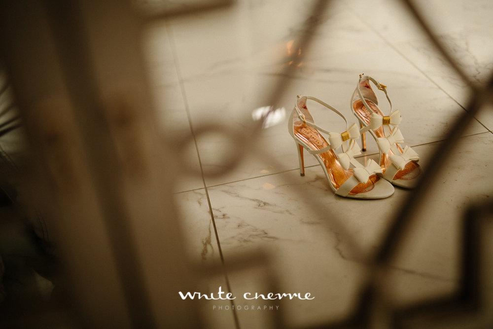 White Cherrie, Edinburgh, Natural, Wedding Photographer, Linsay & Craig previews-3.jpg