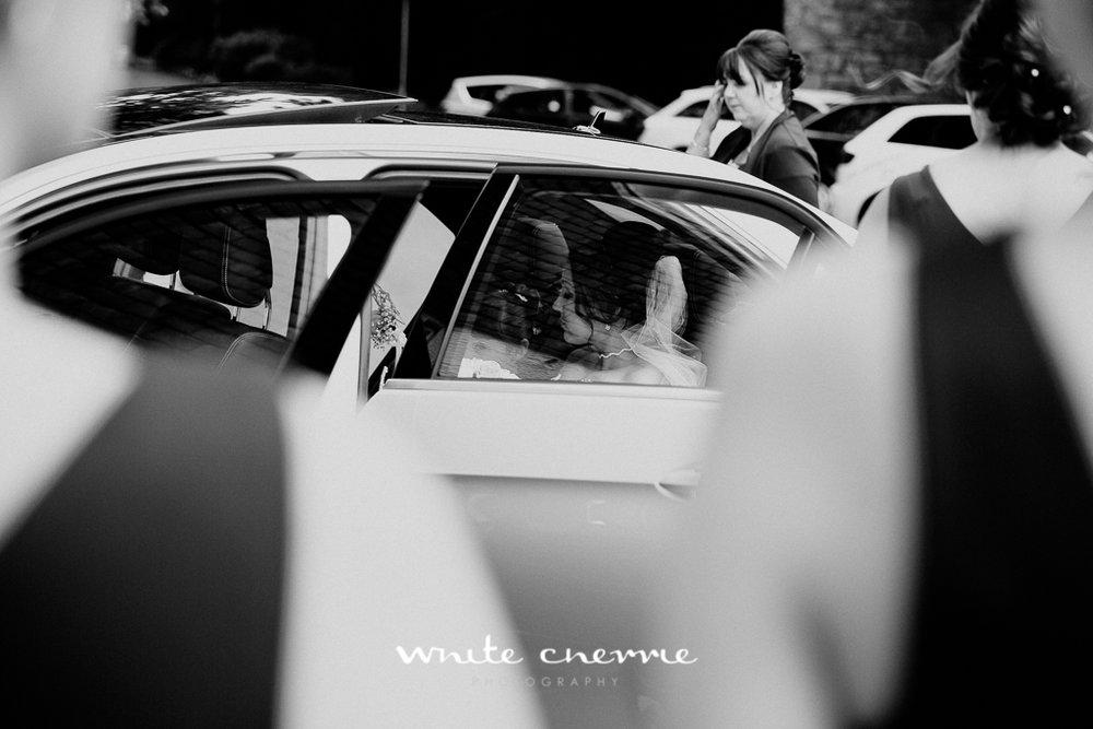 White Cherrie, Edinburgh, Natural, Wedding Photographer, Linsay & Craig previews-22.jpg