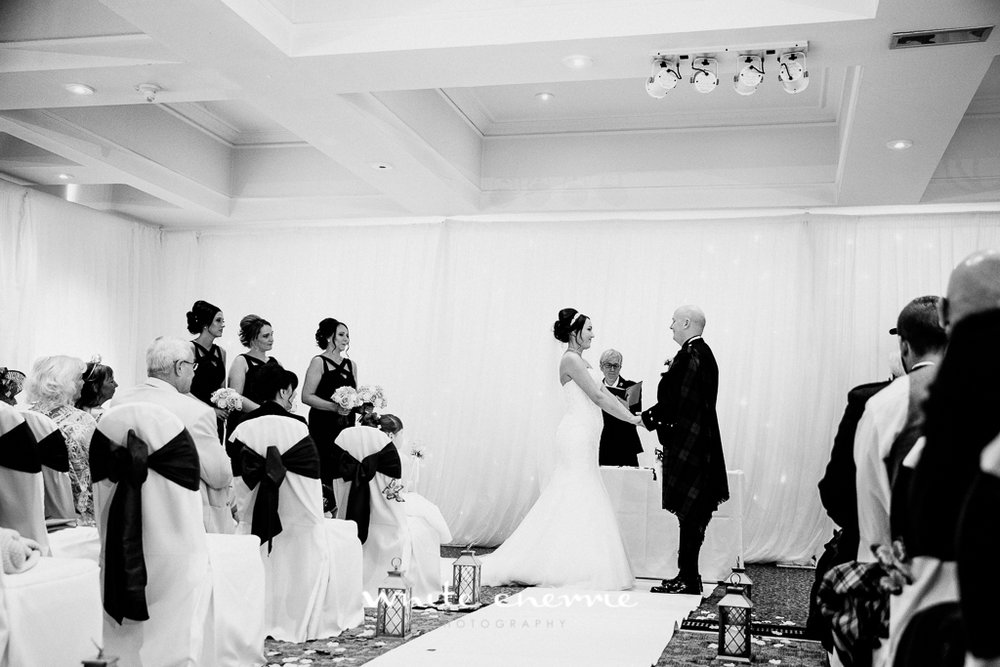 White Cherrie, Edinburgh, Natural, Wedding Photographer, Linsay & Craig previews-25.jpg