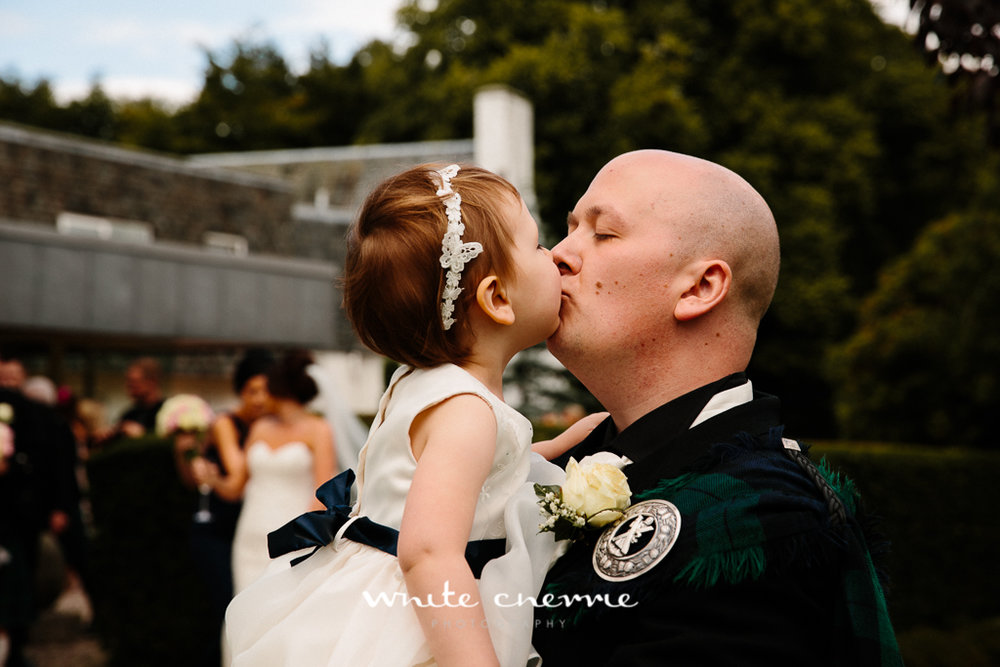 White Cherrie, Edinburgh, Natural, Wedding Photographer, Linsay & Craig previews-26.jpg