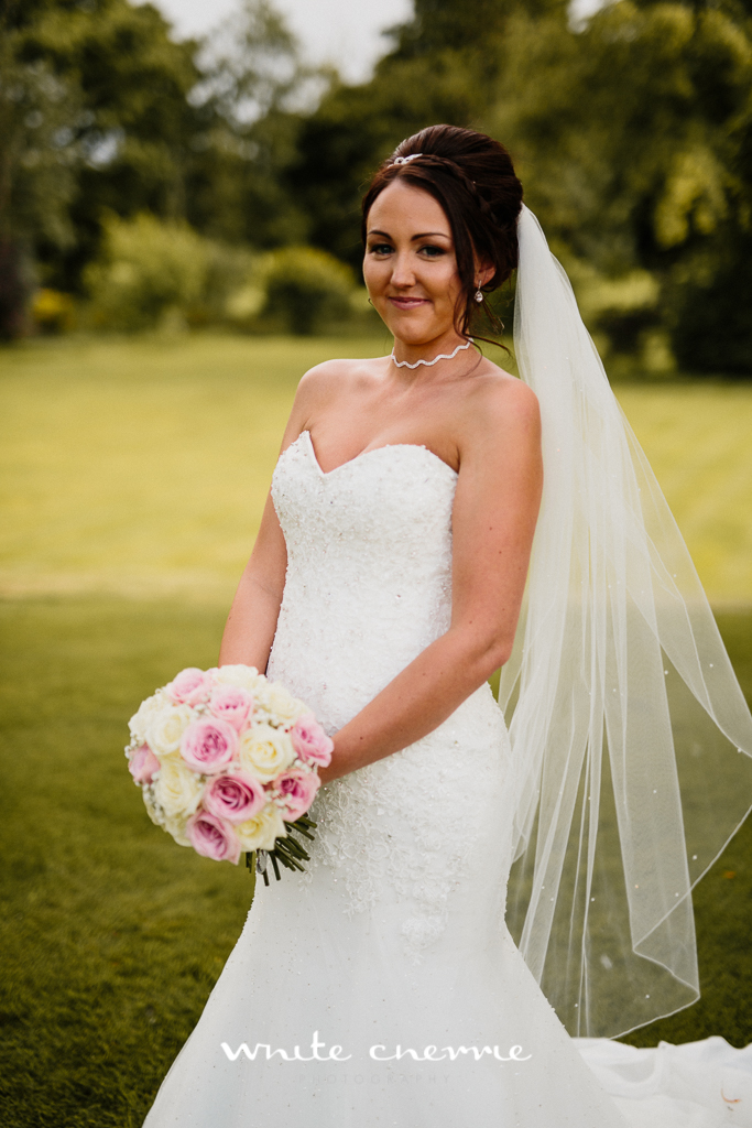 White Cherrie, Edinburgh, Natural, Wedding Photographer, Linsay & Craig previews-34.jpg