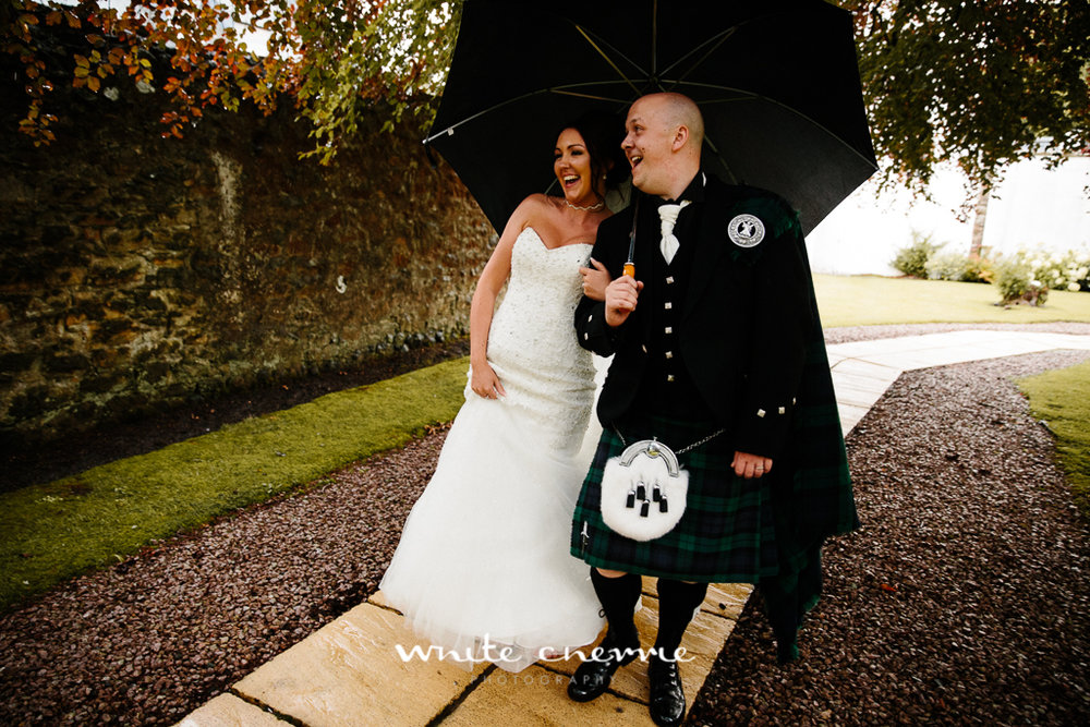 White Cherrie, Edinburgh, Natural, Wedding Photographer, Linsay & Craig previews-44.jpg