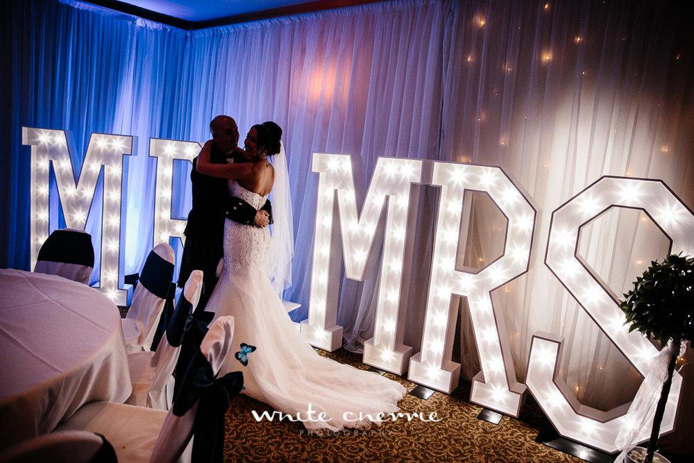 White Cherrie, Edinburgh, Natural, Wedding Photographer, Linsay & Craig previews-48.jpg