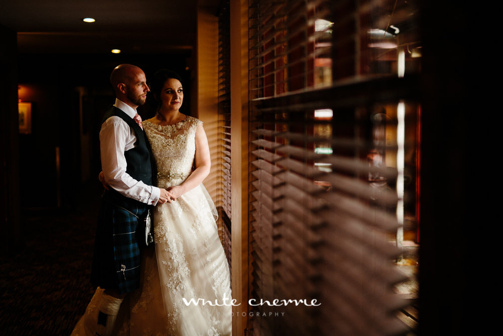 White Cherrie, Edinburgh, Natural, Wedding Photographer, Mandy & Ian previews (26 of 41).jpg
