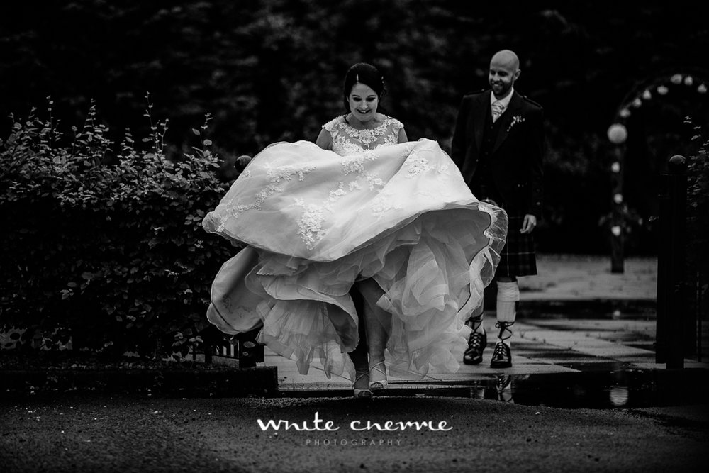 White Cherrie, Edinburgh, Natural, Wedding Photographer, Mandy & Ian previews (38 of 41).jpg