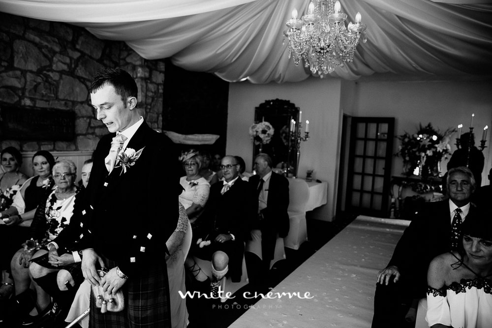 White Cherrie, Edinburgh, Natural, Wedding Photographer, Kayley & Craig previews (19 of 45).jpg