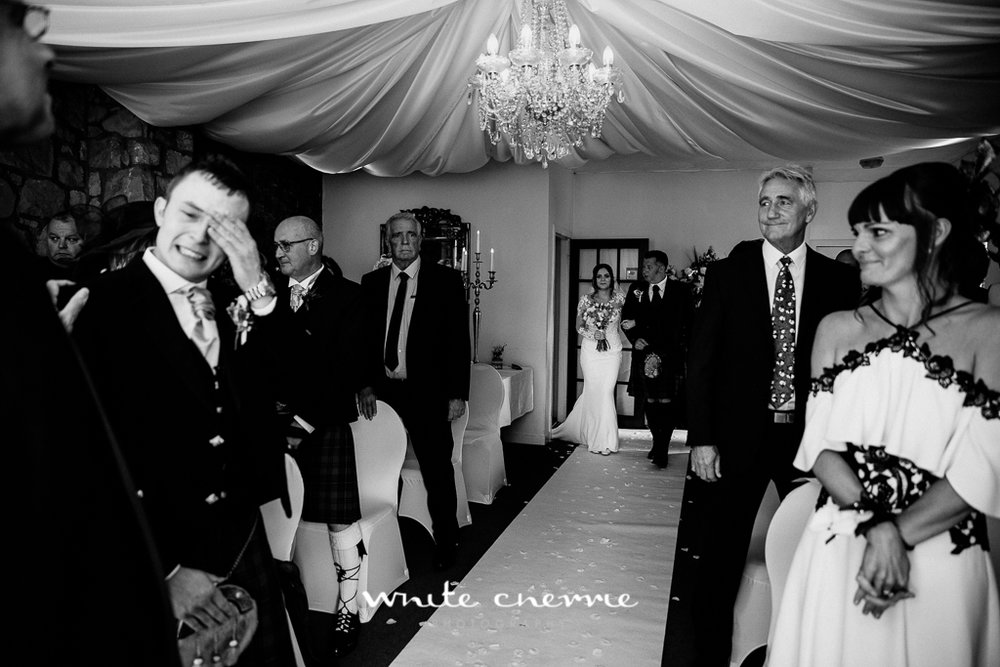 White Cherrie, Edinburgh, Natural, Wedding Photographer, Kayley & Craig previews (22 of 45).jpg