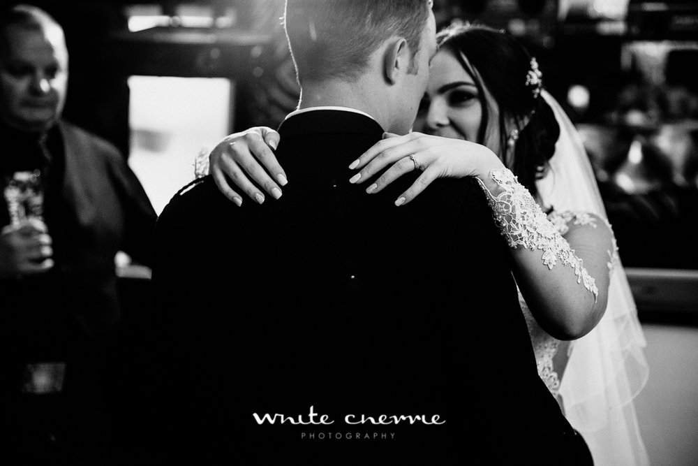 White Cherrie, Edinburgh, Natural, Wedding Photographer, Kayley & Craig previews (42 of 45).jpg