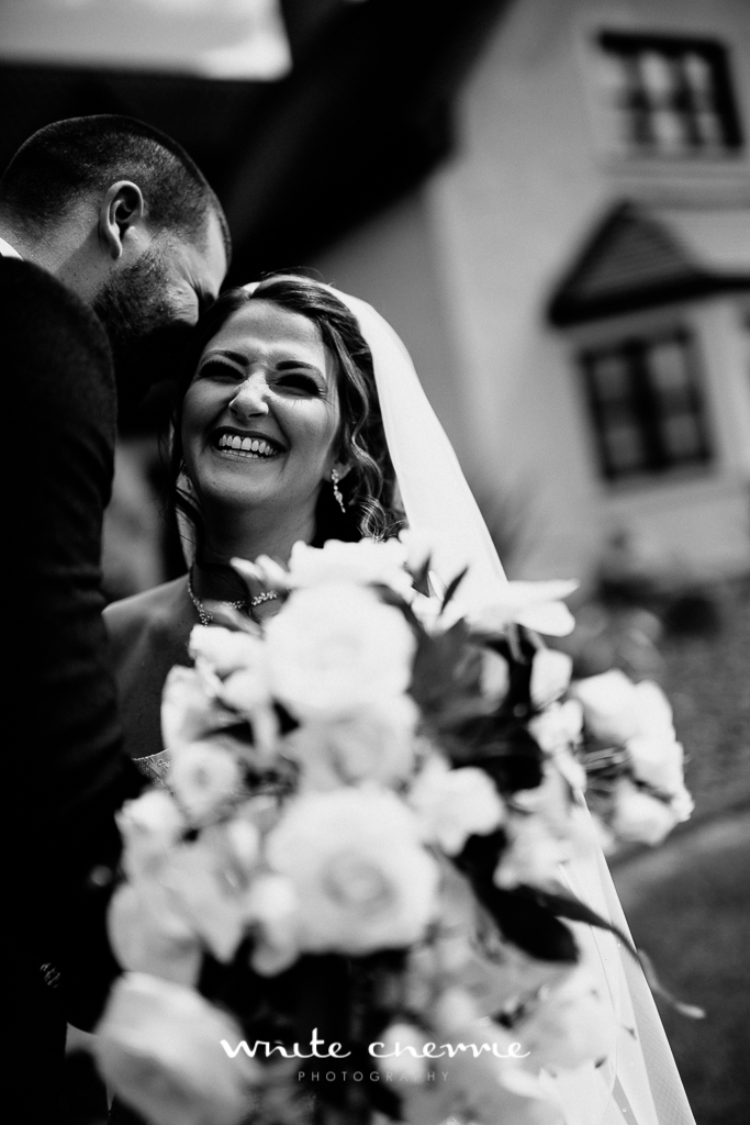 White Cherrie, Edinburgh, Natural, Wedding Photographer, Robyn & Graham previews-29.jpg