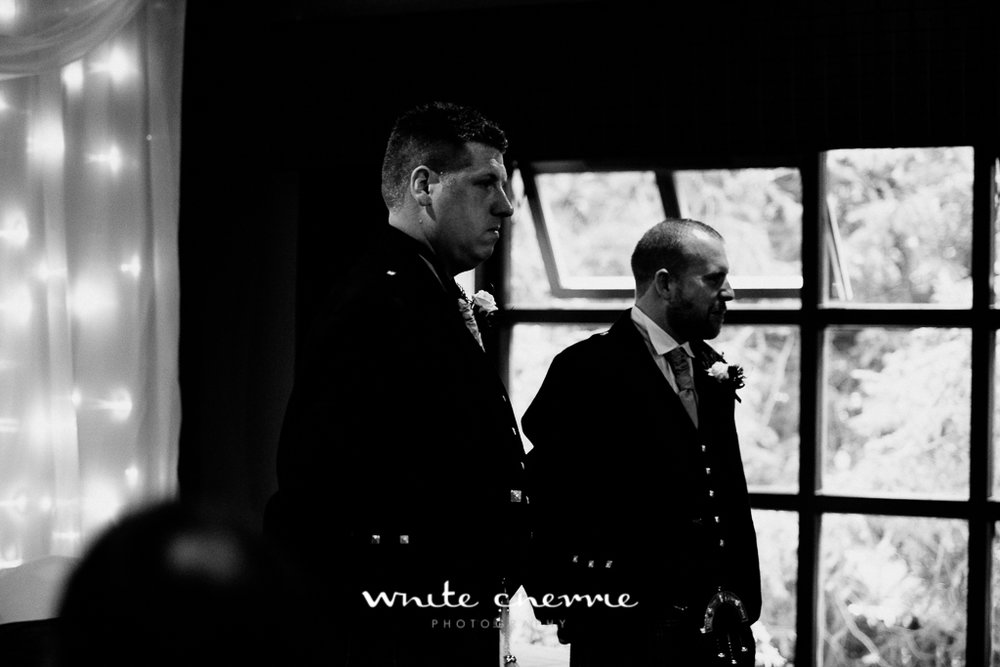 White Cherrie, Edinburgh, Natural, Wedding Photographer, Vicki & Steven previews-14.jpg