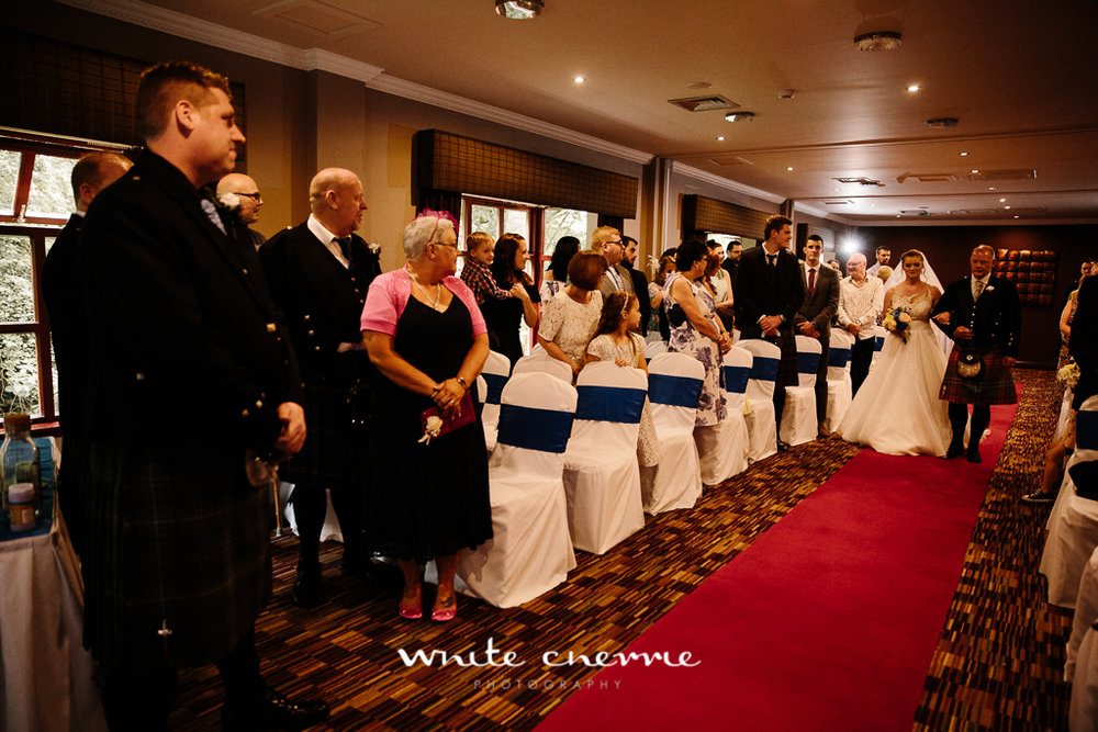 White Cherrie, Edinburgh, Natural, Wedding Photographer, Vicki & Steven previews-16.jpg