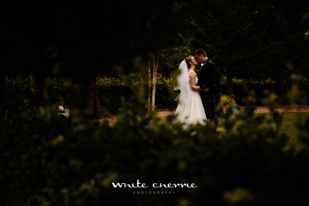 White Cherrie, Edinburgh, Natural, Wedding Photographer, Vicki & Steven previews-23.jpg