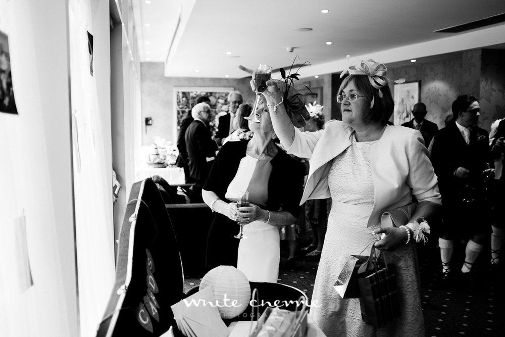White Cherrie, Edinburgh, Natural, Wedding Photographer, Rebekah & Andrew-27.jpg