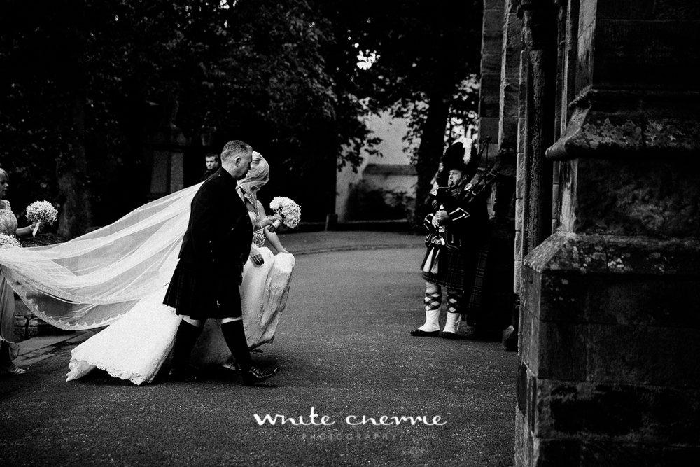 White Cherrie, Edinburgh, Natural, Wedding Photographer, Lauren & Terry previews-30.jpg