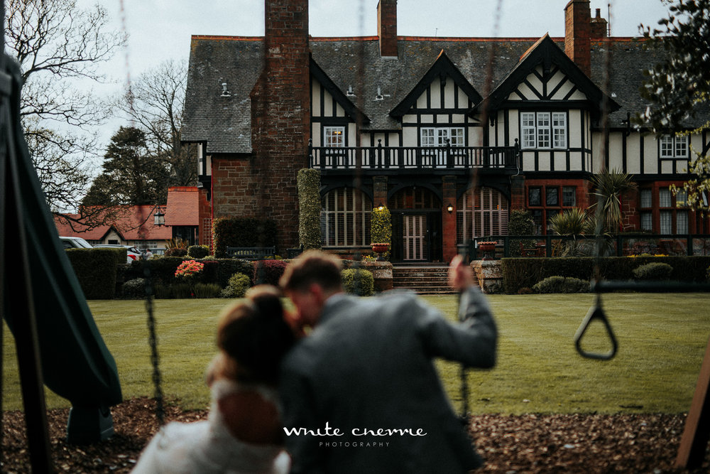 White Cherrie - Hannah & Gemma-53.jpg
