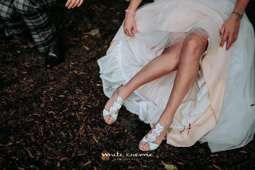 White Cherrie - Hannah & Gemma-55.jpg