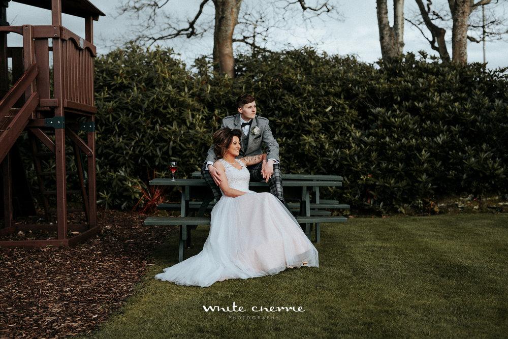 White Cherrie - Hannah & Gemma-57.jpg