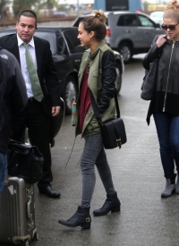 Jessica Alba tucks her skinny jeans into her low cut booties   via   Zimbio