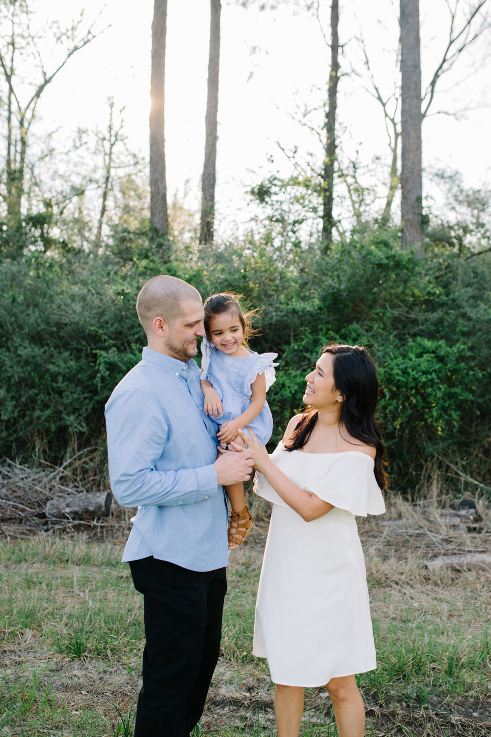 familysession-houstonphotographer-houstonfamilyphotographer-naturallight-familysession-22.jpg