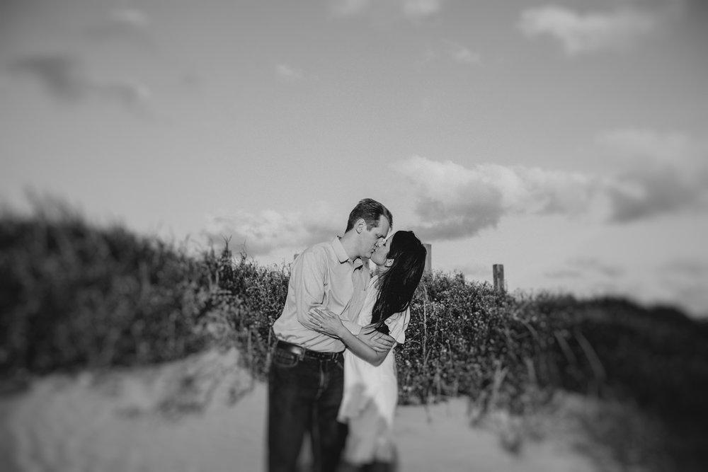 engagementsession-jackieandrobert-winterwedding-christmaswedding-love-wedding-weddings-houstonweddings-houstonengagments-texasweddings-13.jpg