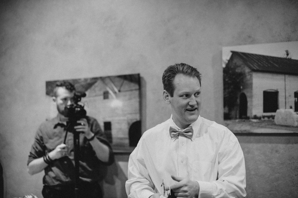 casperwedding-texasweddings-houstonweddings-oldedobbestation-montgomerytx-montgomeryweddings-bride-groom-bridalparty-weddingdress-5.jpg