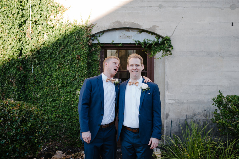 casperwedding-texasweddings-houstonweddings-oldedobbestation-montgomerytx-montgomeryweddings-bride-groom-bridalparty-weddingdress-6.jpg