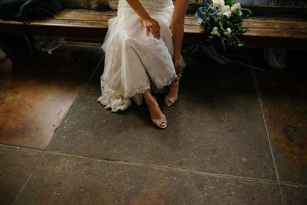 casperwedding-texasweddings-houstonweddings-oldedobbestation-montgomerytx-montgomeryweddings-bride-groom-bridalparty-weddingdress-27.jpg