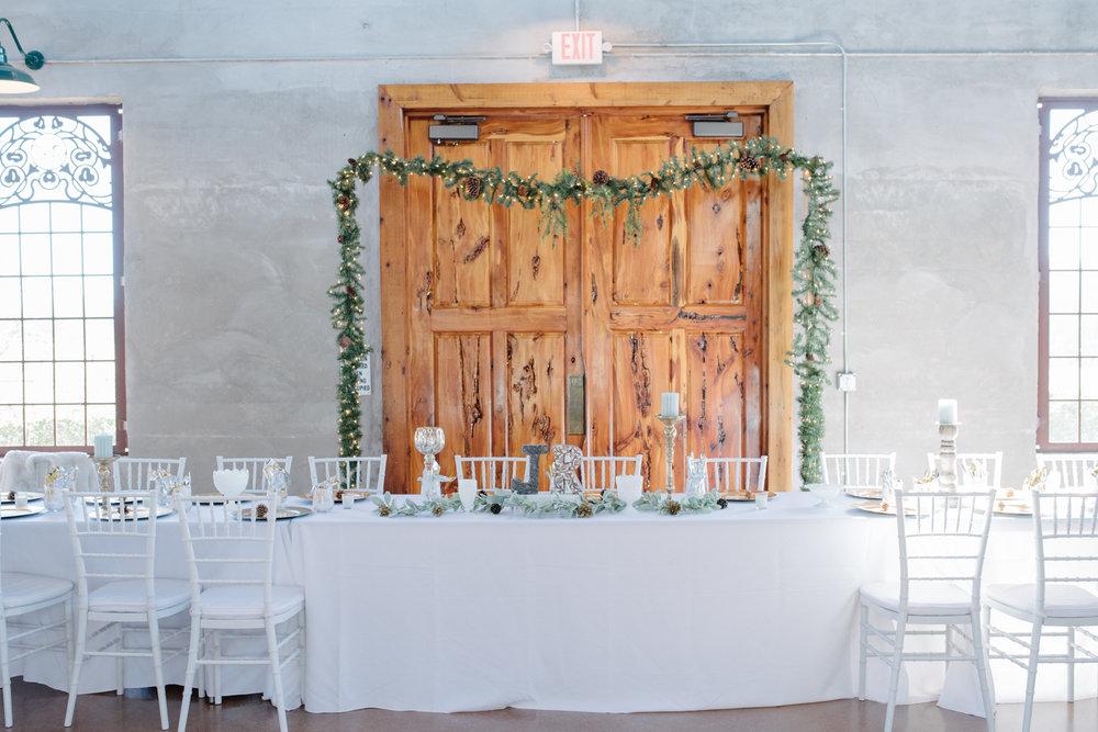 casperwedding-texasweddings-houstonweddings-oldedobbestation-montgomerytx-montgomeryweddings-bride-groom-bridalparty-weddingdress-30.jpg