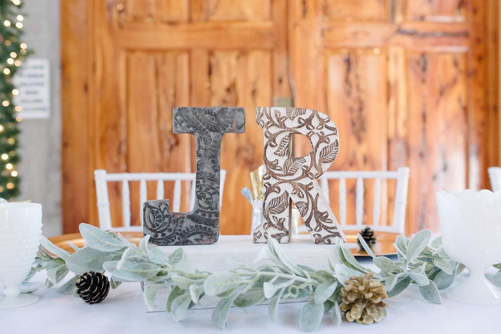 casperwedding-texasweddings-houstonweddings-oldedobbestation-montgomerytx-montgomeryweddings-bride-groom-bridalparty-weddingdress-31.jpg
