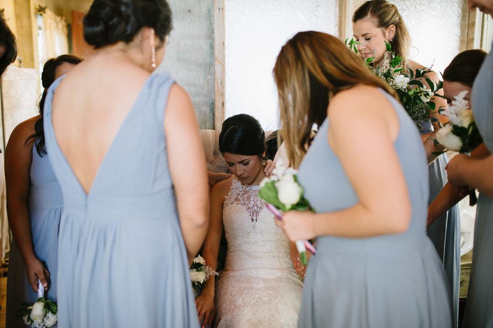 casperwedding-texasweddings-houstonweddings-oldedobbestation-montgomerytx-montgomeryweddings-bride-groom-bridalparty-weddingdress-35.jpg