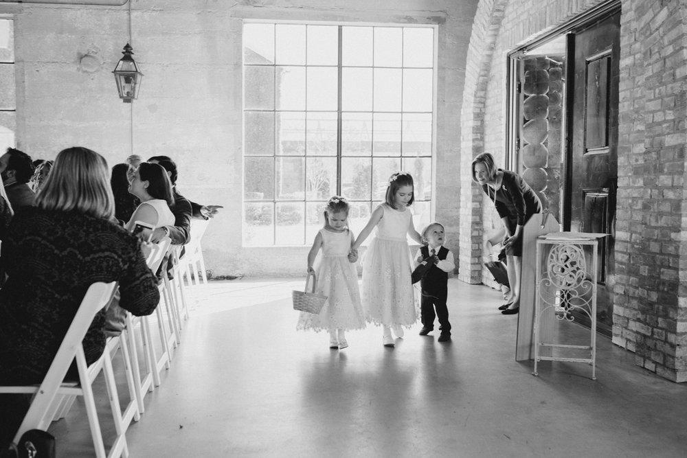 casperwedding-texasweddings-houstonweddings-oldedobbestation-montgomerytx-montgomeryweddings-bride-groom-bridalparty-weddingdress-37.jpg