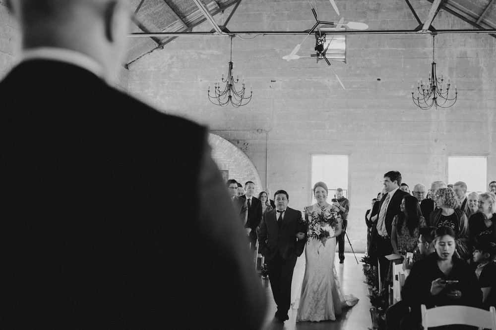 casperwedding-texasweddings-houstonweddings-oldedobbestation-montgomerytx-montgomeryweddings-bride-groom-bridalparty-weddingdress-39.jpg