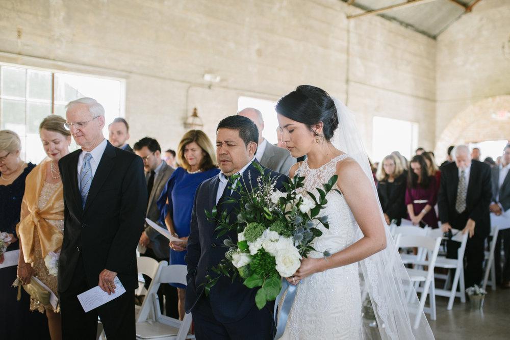 casperwedding-texasweddings-houstonweddings-oldedobbestation-montgomerytx-montgomeryweddings-bride-groom-bridalparty-weddingdress-40.jpg