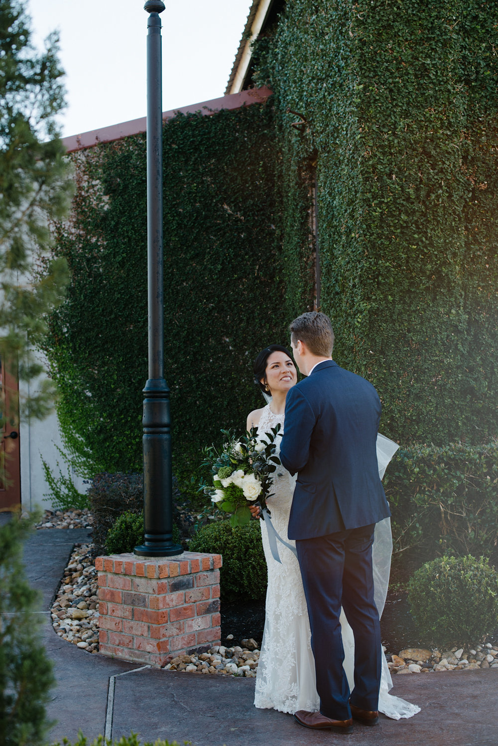 casperwedding-texasweddings-houstonweddings-oldedobbestation-montgomerytx-montgomeryweddings-bride-groom-bridalparty-weddingdress-51.jpg