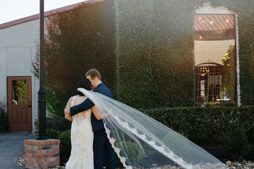 casperwedding-texasweddings-houstonweddings-oldedobbestation-montgomerytx-montgomeryweddings-bride-groom-bridalparty-weddingdress-53.jpg