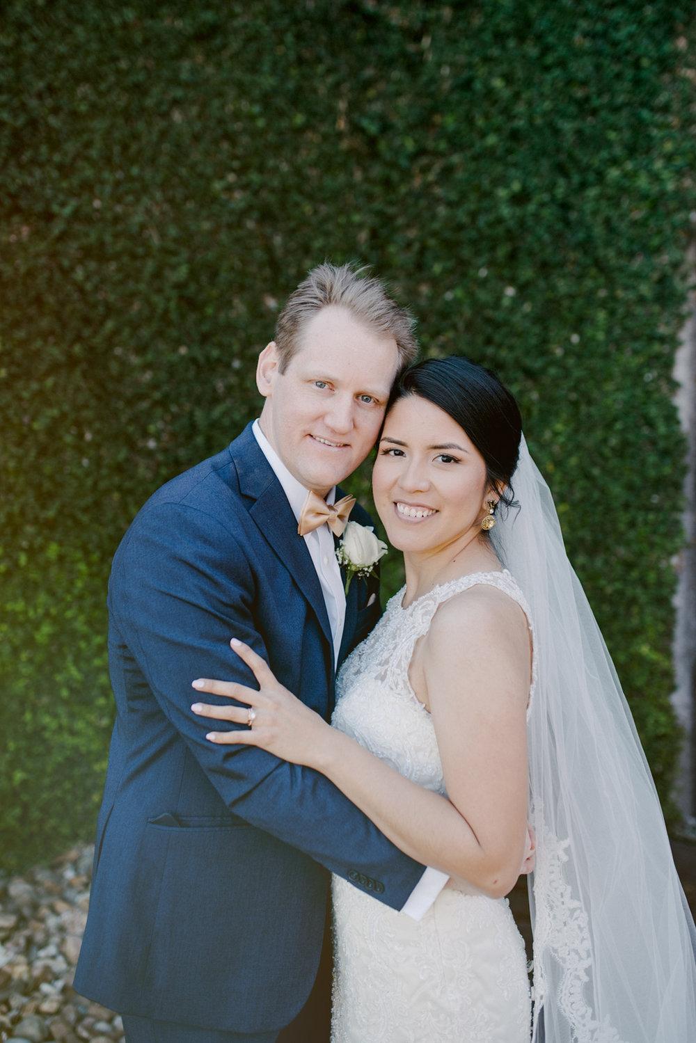 casperwedding-texasweddings-houstonweddings-oldedobbestation-montgomerytx-montgomeryweddings-bride-groom-bridalparty-weddingdress-70.jpg