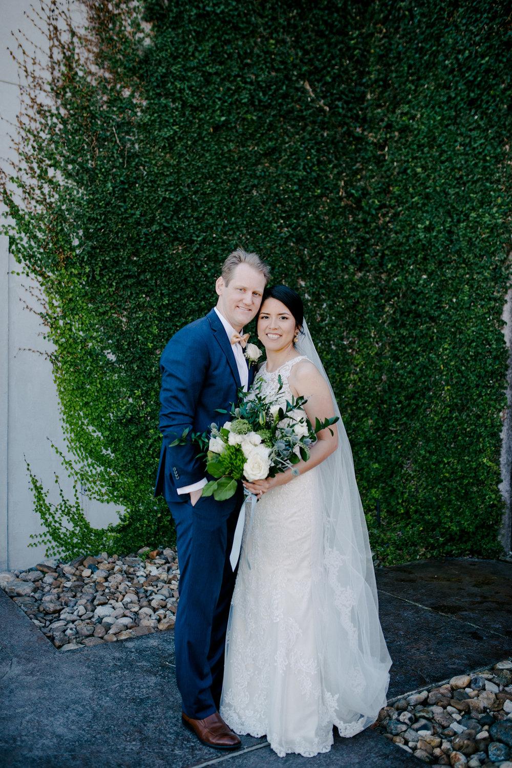 casperwedding-texasweddings-houstonweddings-oldedobbestation-montgomerytx-montgomeryweddings-bride-groom-bridalparty-weddingdress-71.jpg
