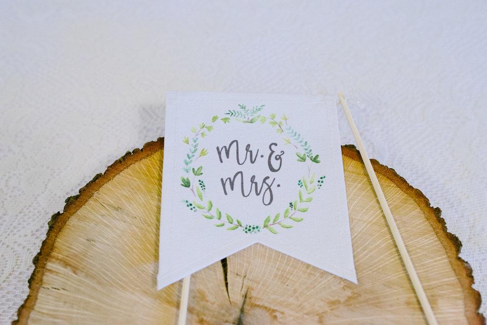 casperwedding-texasweddings-houstonweddings-oldedobbestation-montgomerytx-montgomeryweddings-bride-groom-bridalparty-weddingdress-76.jpg