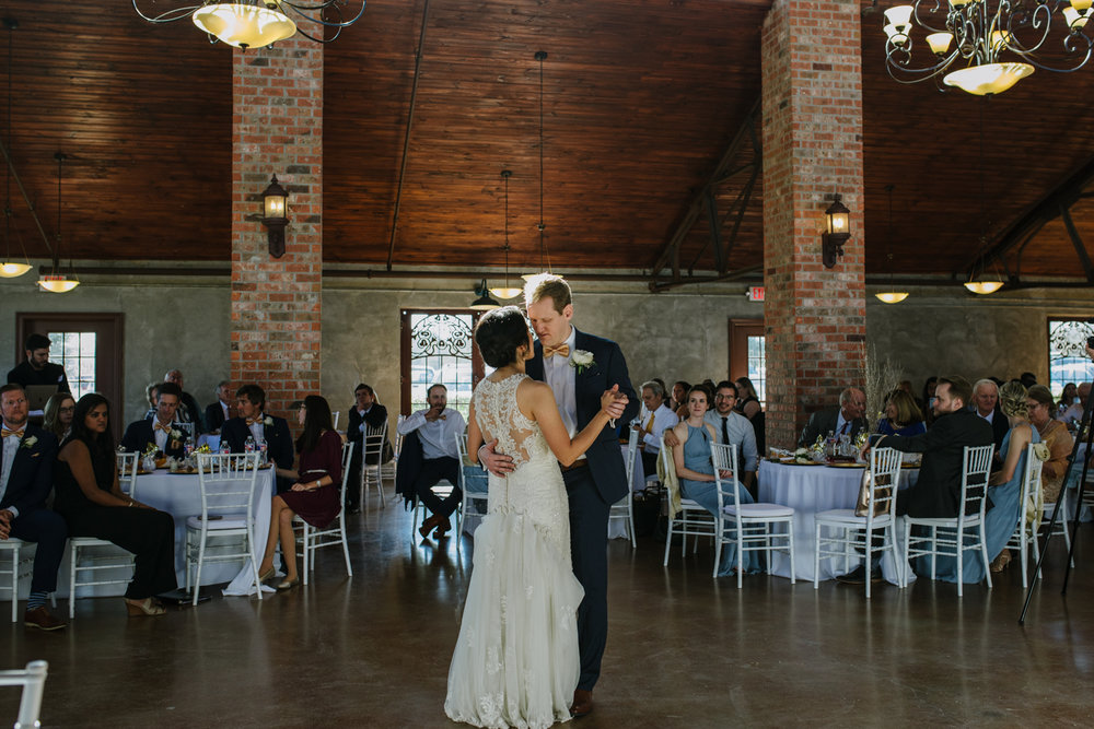 casperwedding-texasweddings-houstonweddings-oldedobbestation-montgomerytx-montgomeryweddings-bride-groom-bridalparty-weddingdress-81.jpg