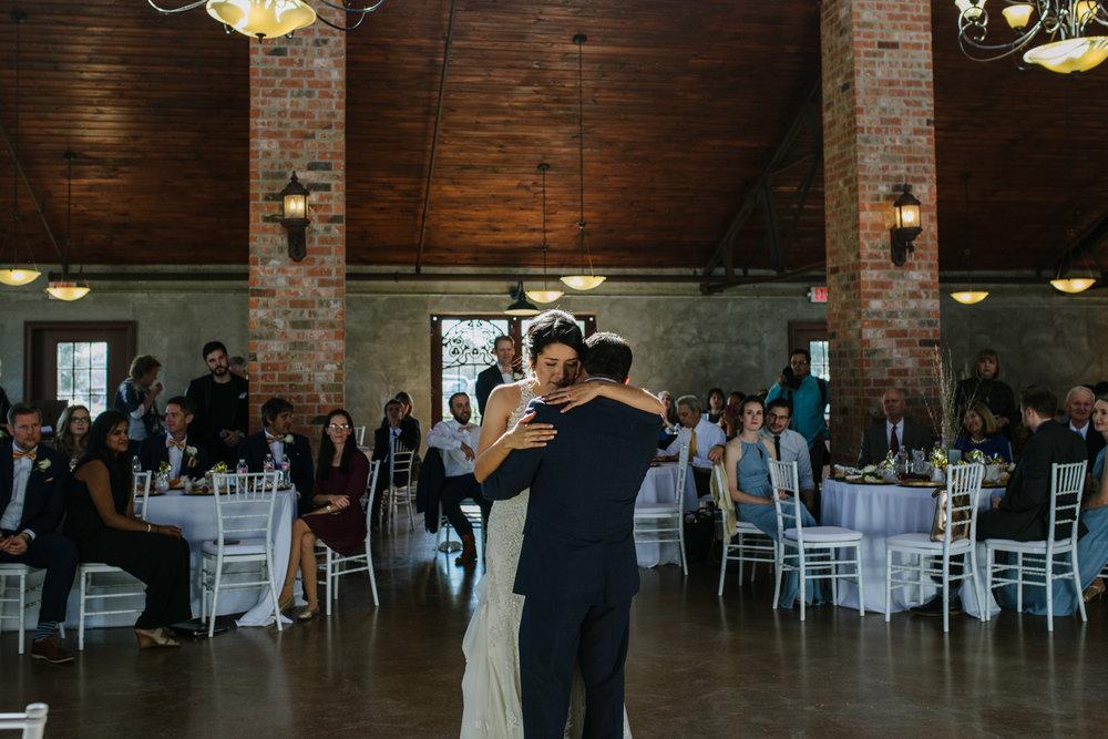 casperwedding-texasweddings-houstonweddings-oldedobbestation-montgomerytx-montgomeryweddings-bride-groom-bridalparty-weddingdress-82.jpg