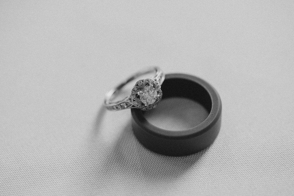 casperwedding-texasweddings-houstonweddings-oldedobbestation-montgomerytx-montgomeryweddings-bride-groom-bridalparty-weddingdress-91.jpg